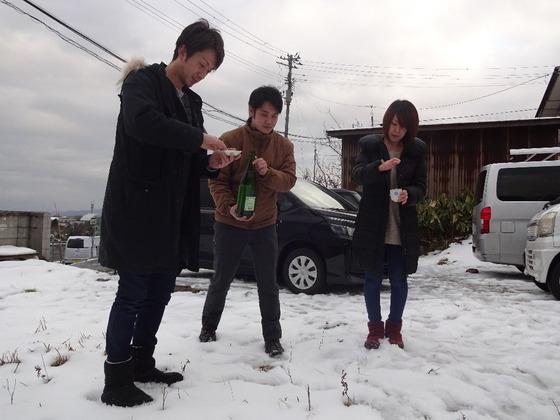 雪の中の地鎮祭(*^^*)